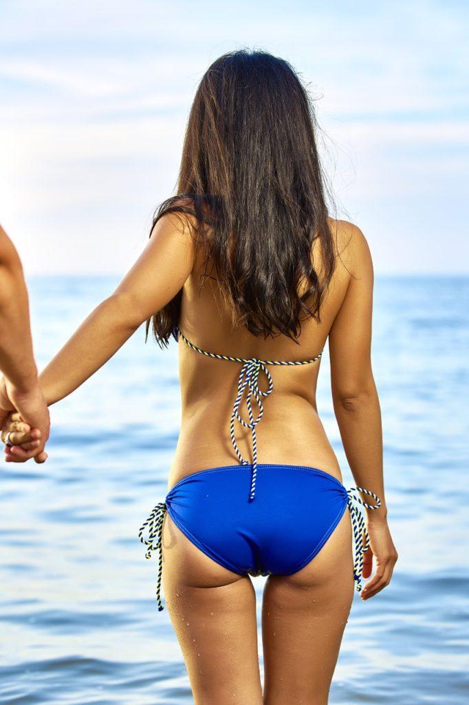 bikini-1230511_1280