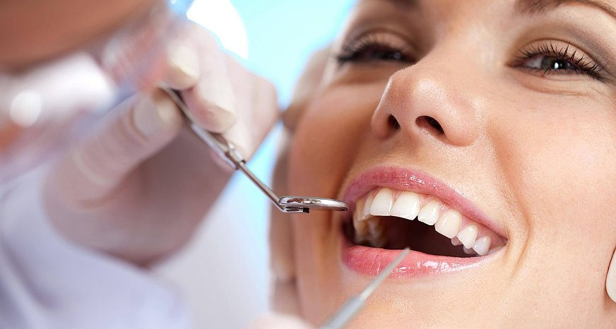 Follow these Tips to Find the Perfect Dentist for Your Family and you'll be smiling too!