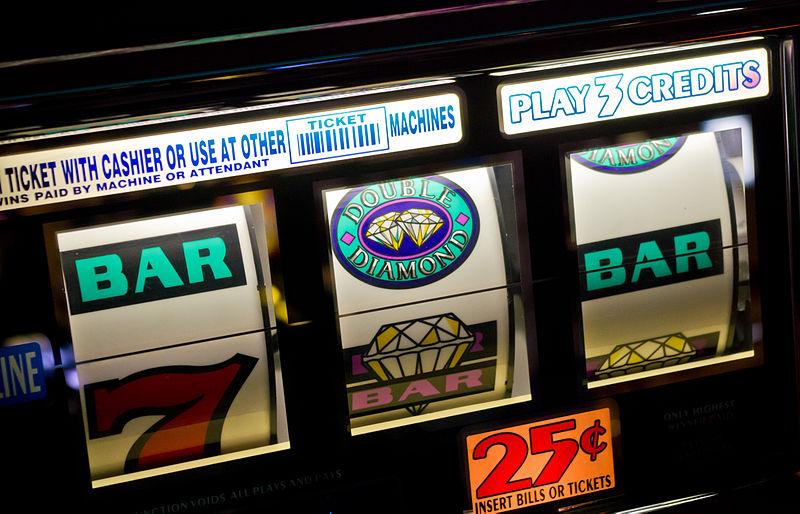 800px-Slot_machines